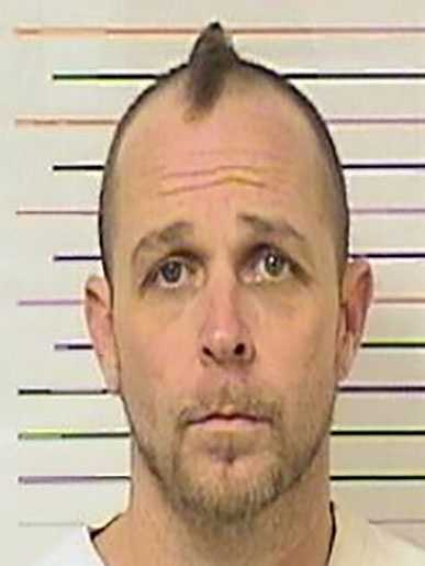 Keyth A. Naylor, 40, is wanted on a Missouri parole violation warrant on a charge of violating a sex offender registration in regards to an original offense of lewd or lascivious exhibition.He is white, 5 feet 7 inches tall, 200 pounds and has brown hair, blue eyes and tattoos on his right arm, left hand, left ankle and back.His last known address was in the area of 15th & Campbell in Kansas City, Missouri.Police said Naylor is a registered sex offender in Jackson County, Missouri.