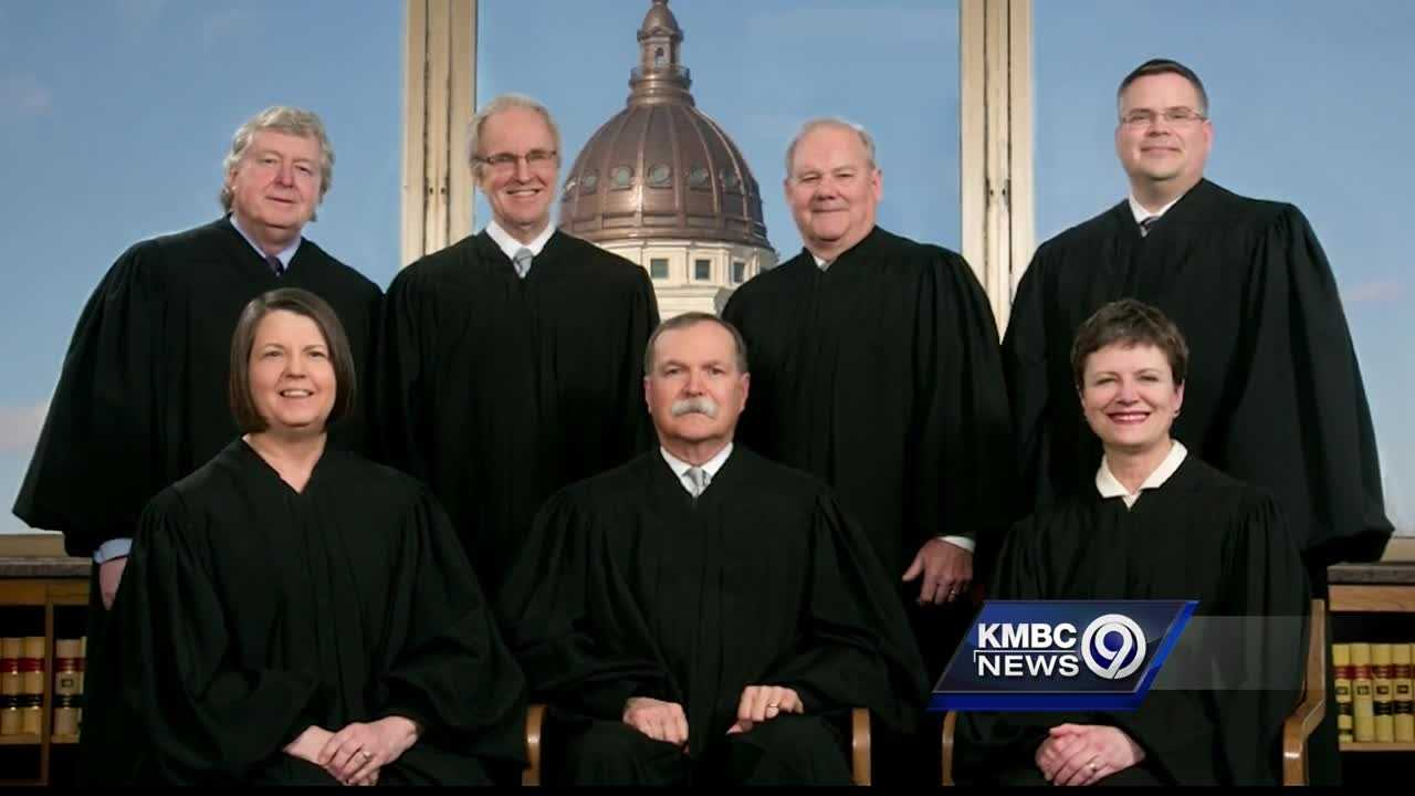 A bipartisan gathering of former Kansas governors said voters should resist a campaign to try to throw four Kansas Supreme Court justices off the bench this November.