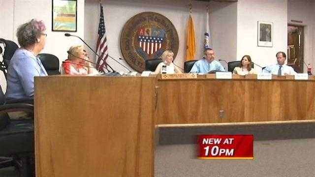 Sante Fe council discusses ban on plastic bags