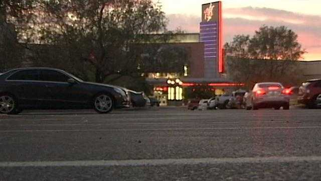 Albuquerque police are warning movie patrons to be on alert after a rash of recent muggings.