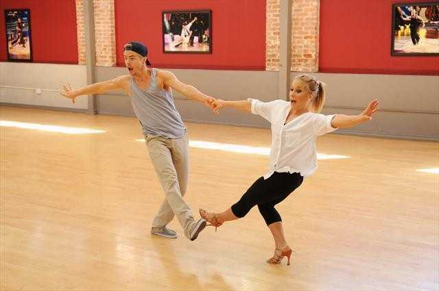 Olympic gold medal gymnast Shawn Johnson and Derek Hough prep for their first dance together as a team.