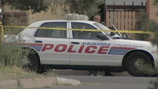 Albuquerque police mum on fatal shooting
