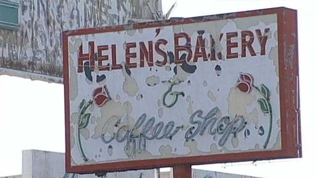 A bakery with no gloves on site and a Japanese restaurant were hit with red stickers this week.