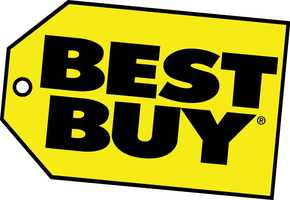 Best Buy opens at Midnight on Black Friday