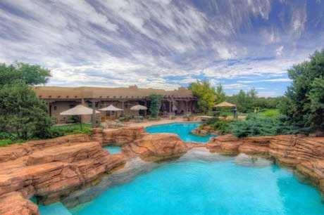 Take a look inside this 5 bedroom, 7 bath mansion in Santa Fe, N.M. featured onrealtor.com.