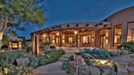 Take a look inside this 4 bedroom, 5 bath mansion in Santa Fe, N.M. featured on realtor.com