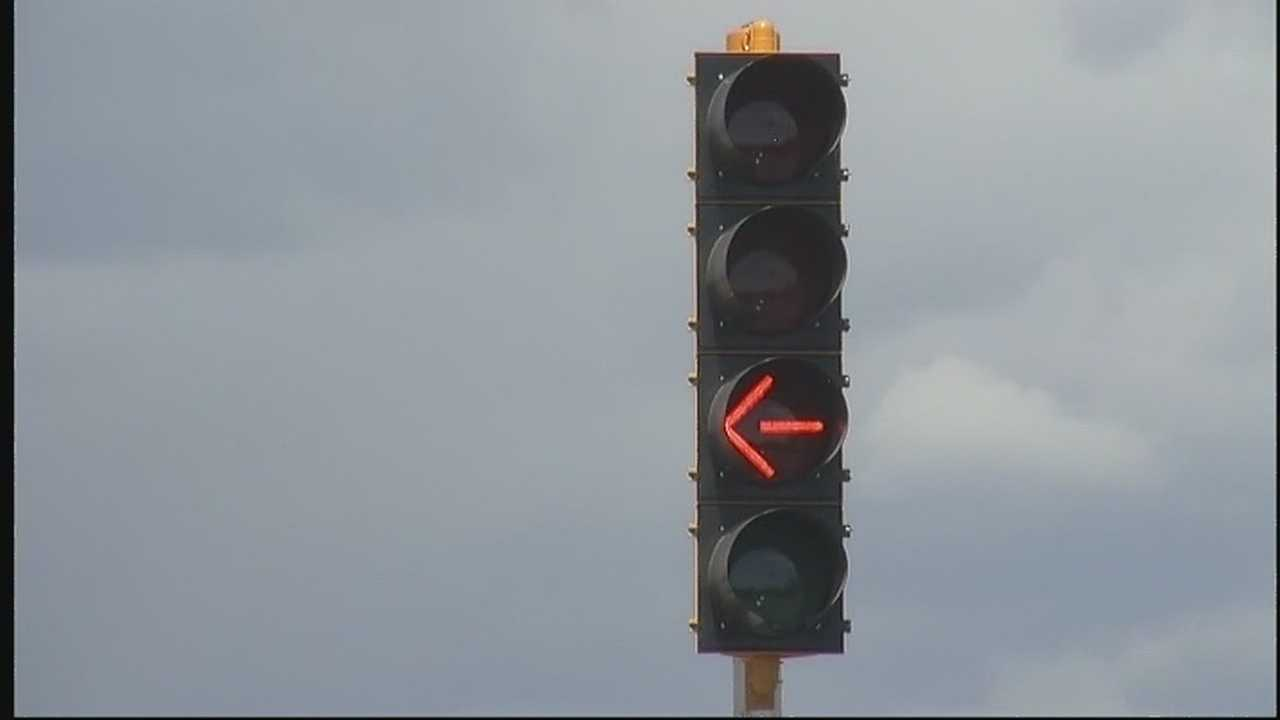 We know what red and green lights mean&#x3B; but there's a new signal in Santa Fe that's confusing a lot of people on the road.