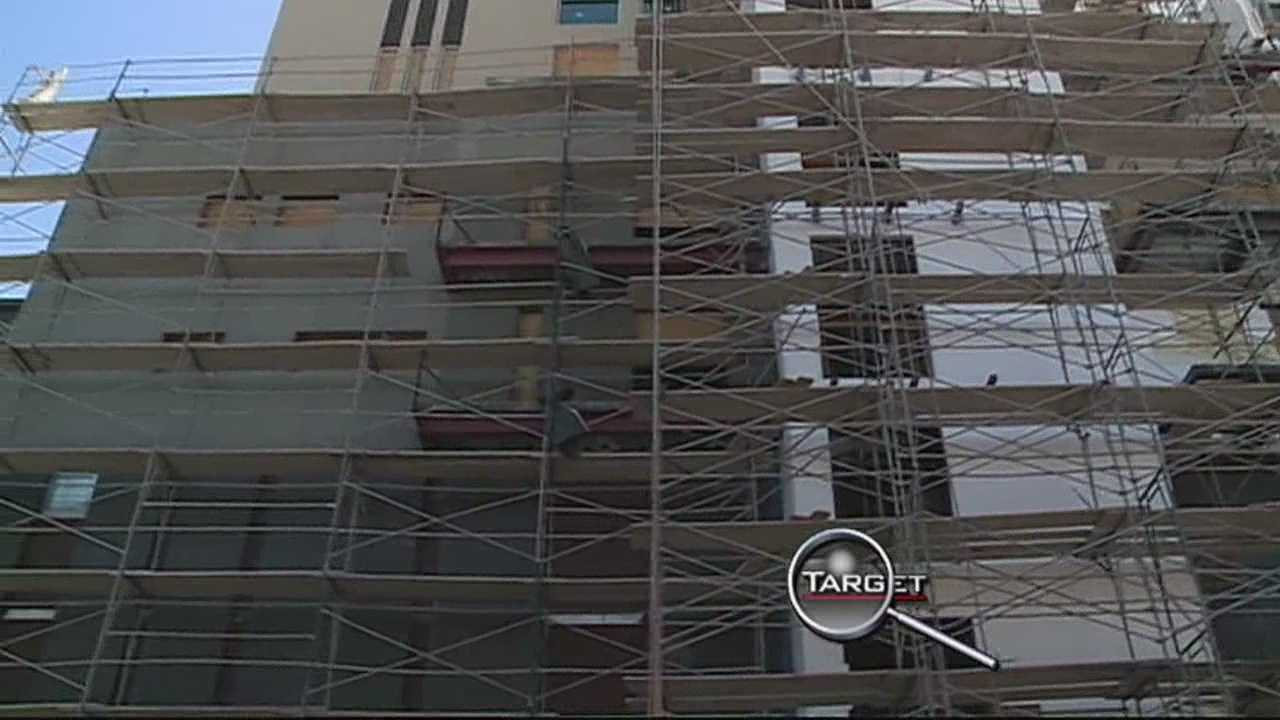 Target seven uncovers a major risk, as construction crews rebuild a downtown building.