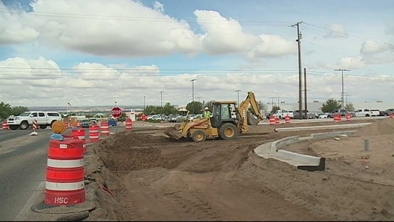 As drivers prepare for the major I-25/Paseo Del Norte project in a few weeks, construction continues up the road at Alameda.