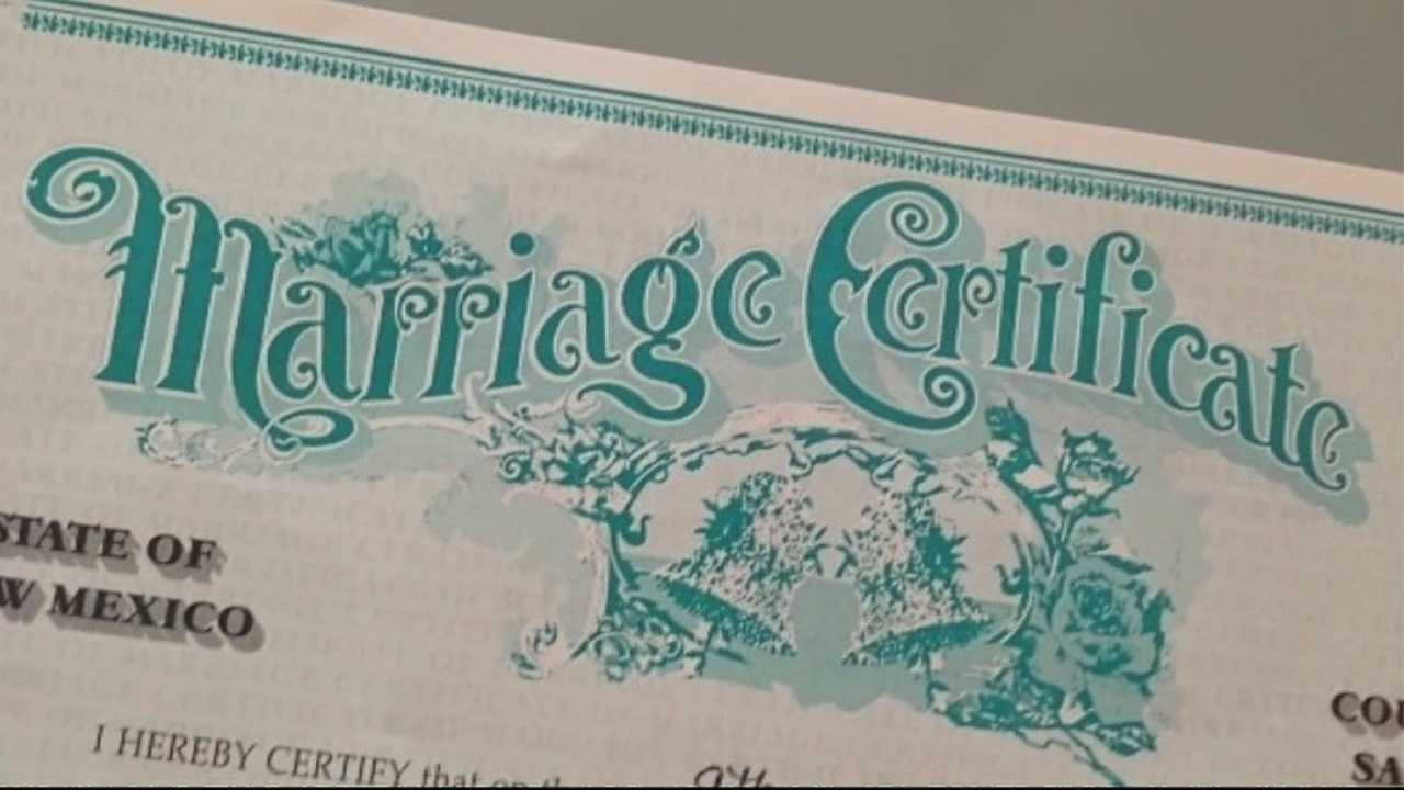 San Miguel, Valencia Counties to give out marriage licenses to same-sex couples.