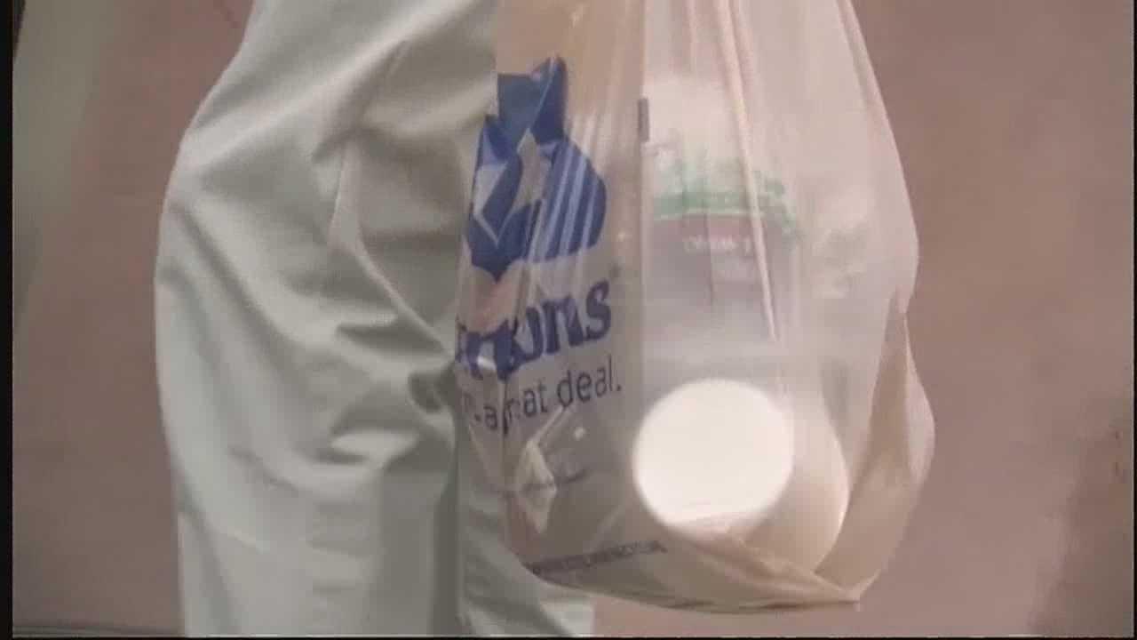 img-Santa Fe bans plastic bags