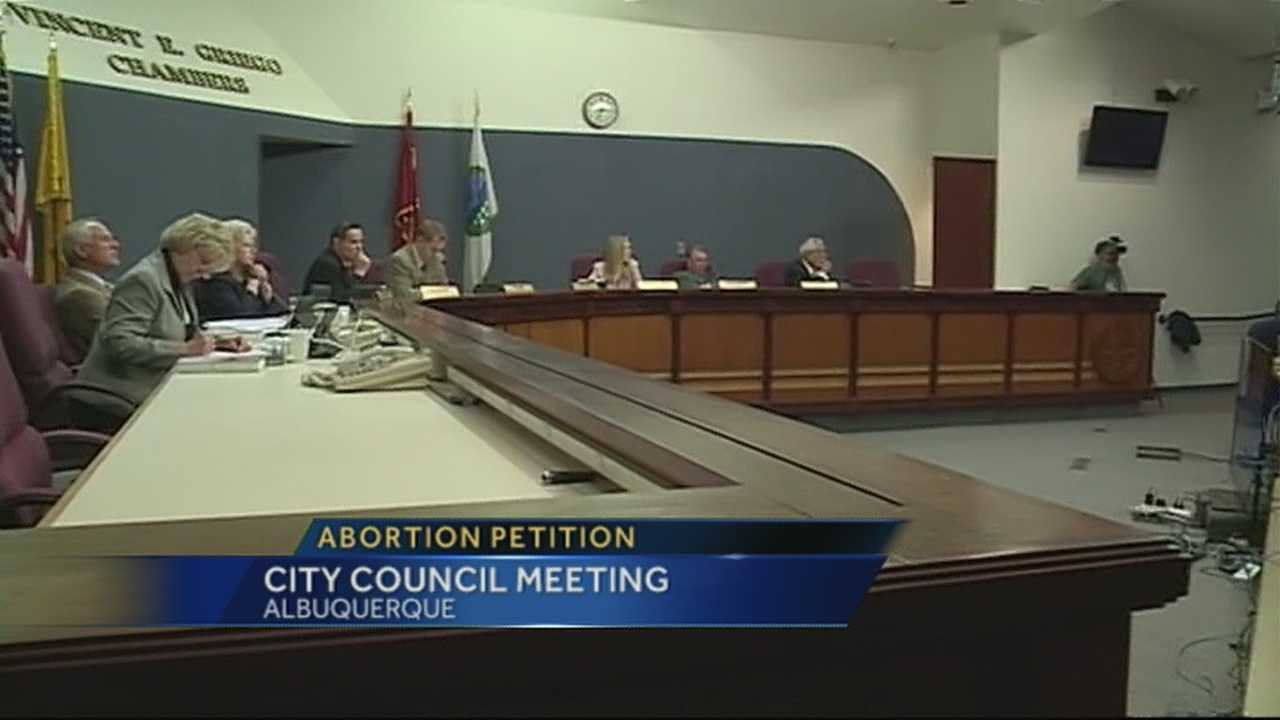 The vote on banning 20-week abortions in the city of Albuquerque is moving forward despite a City Councilor's resolution.