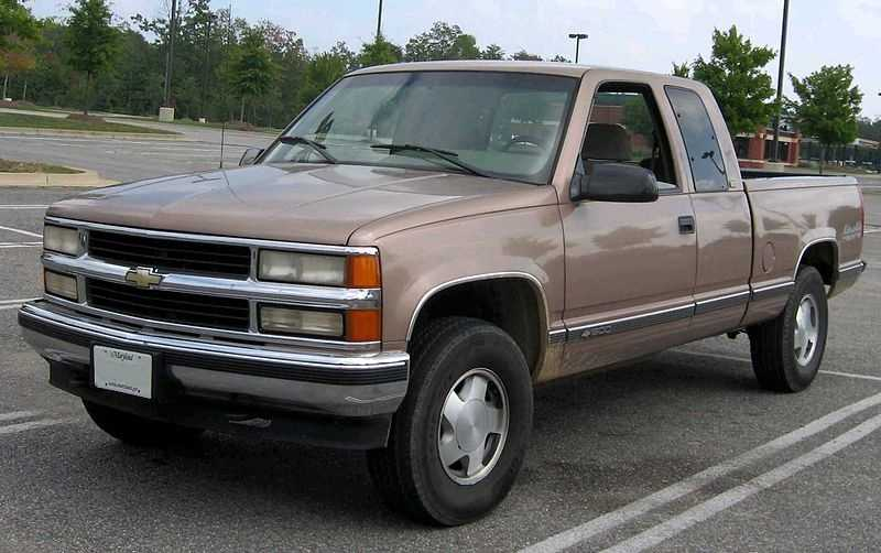 3. Chevrolet CK 2500/3500