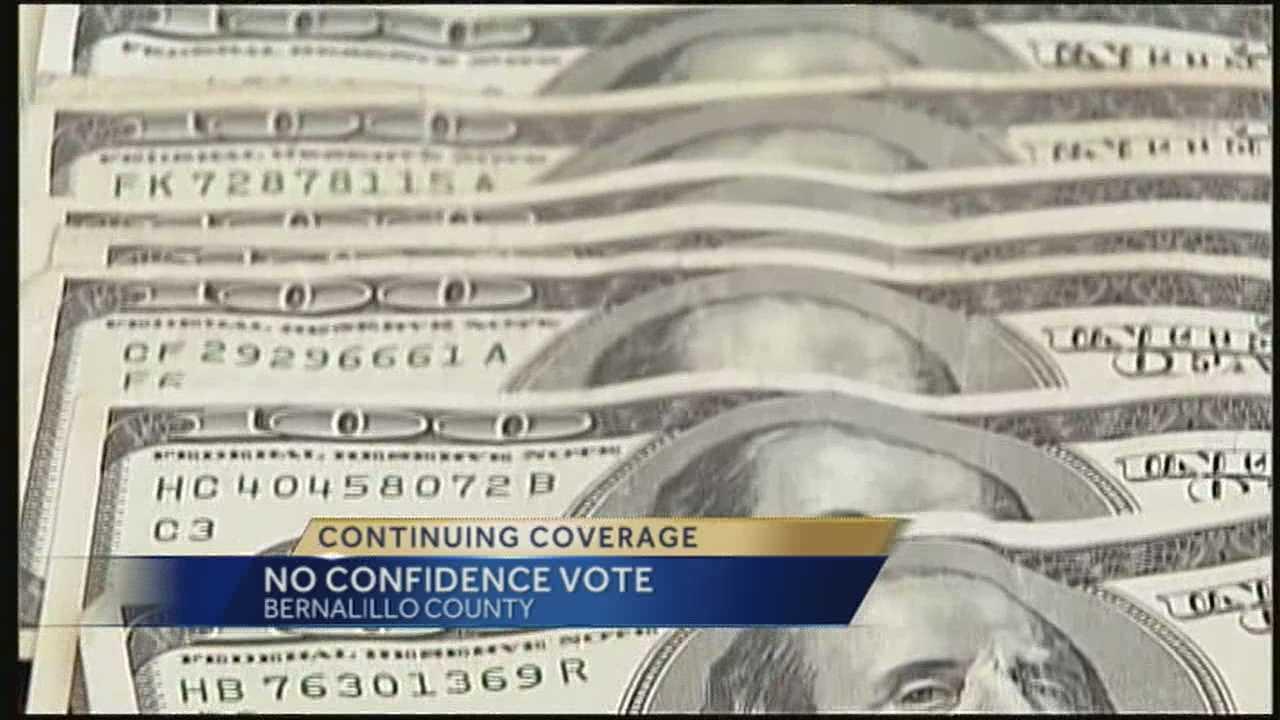 Bernalillo County treasurer receives vote of no confidence