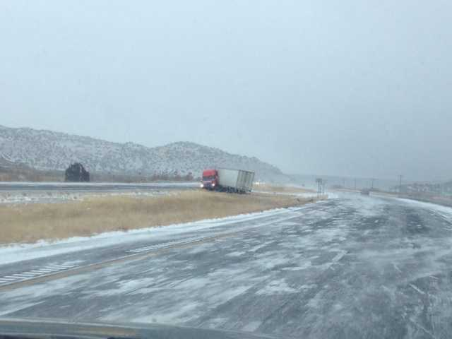 Poor road conditions on eastbound I-40 near Grants, N.M.