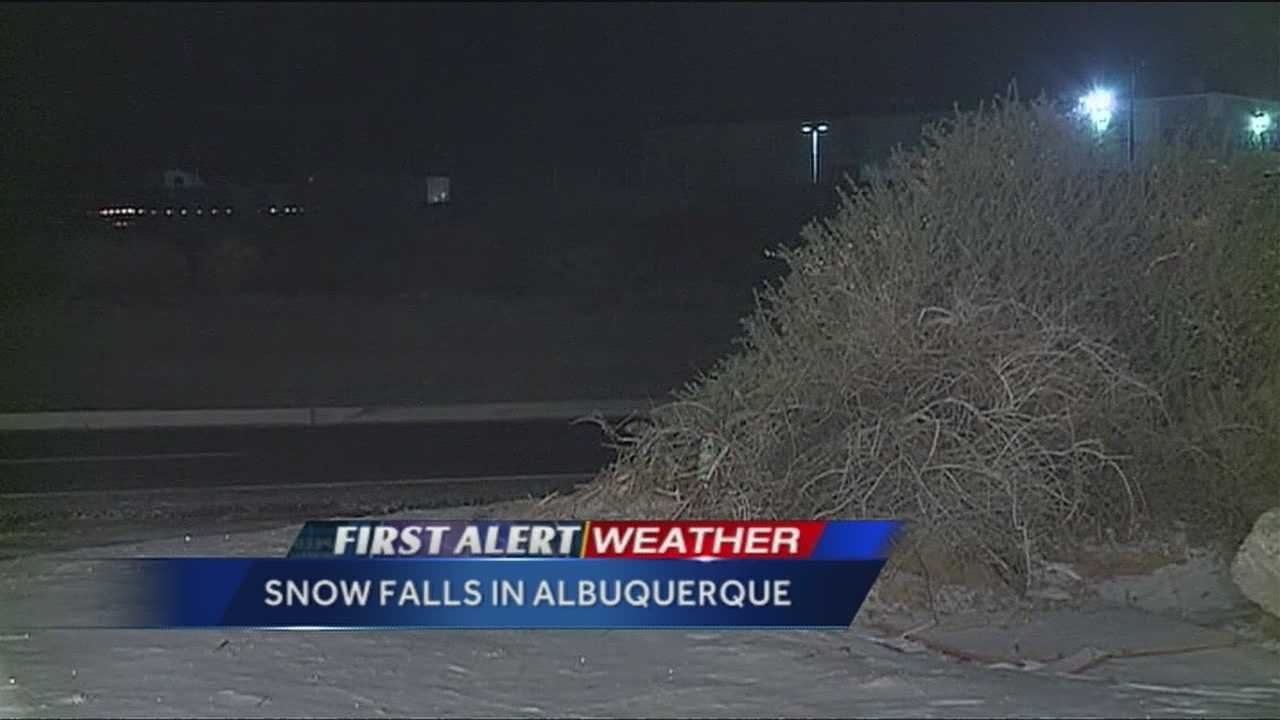 Another light dusting of snow fell on Albuquerque's west side early Monday morning.