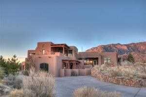 Take a peek inside this 5 bedroom, 6 bathroom mansion in Albuquerque, N.M.