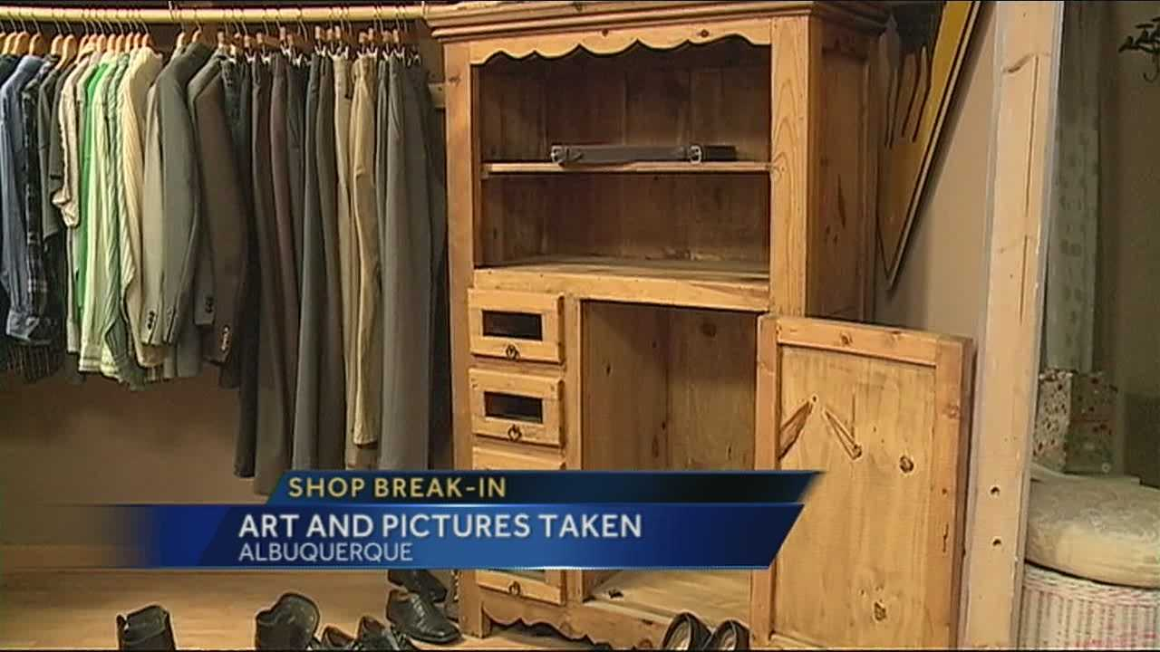 Pieces of art were stolen overnight from a high-end boutique in the Nob Hill area.