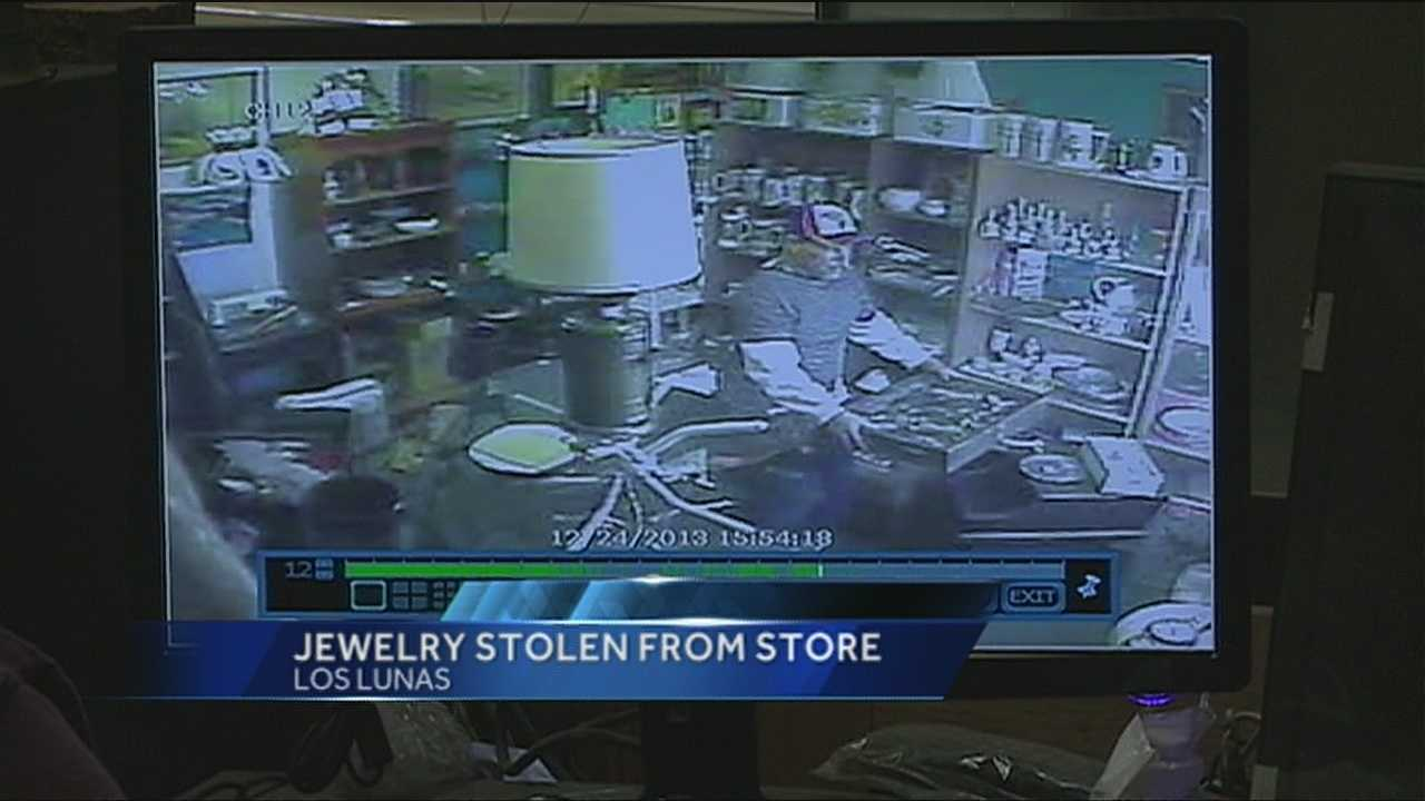 Surveillance cameras were rolling when a thief snatched several hundred dollars of jewelry from a Los Lunas store.