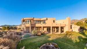 Take a peek inside this 5,444 square foot mansion in Albuquerque, N.M. featured Realtor.com