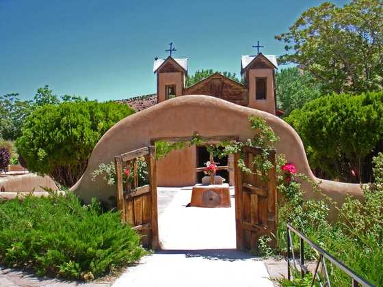 A New Mexico LandmarkEl Santurario church located in Chimayo, NM. Beautiful church and surrounding area.