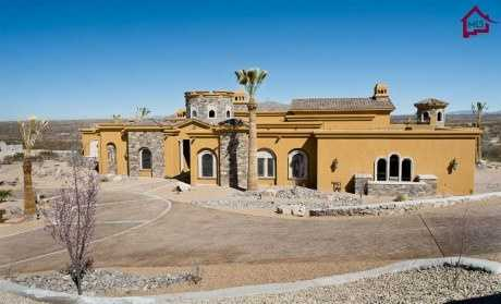 Take a peek inside this $2.2 million mansion for sale in Las Cruces, N.M. that's featured on Realtor.com