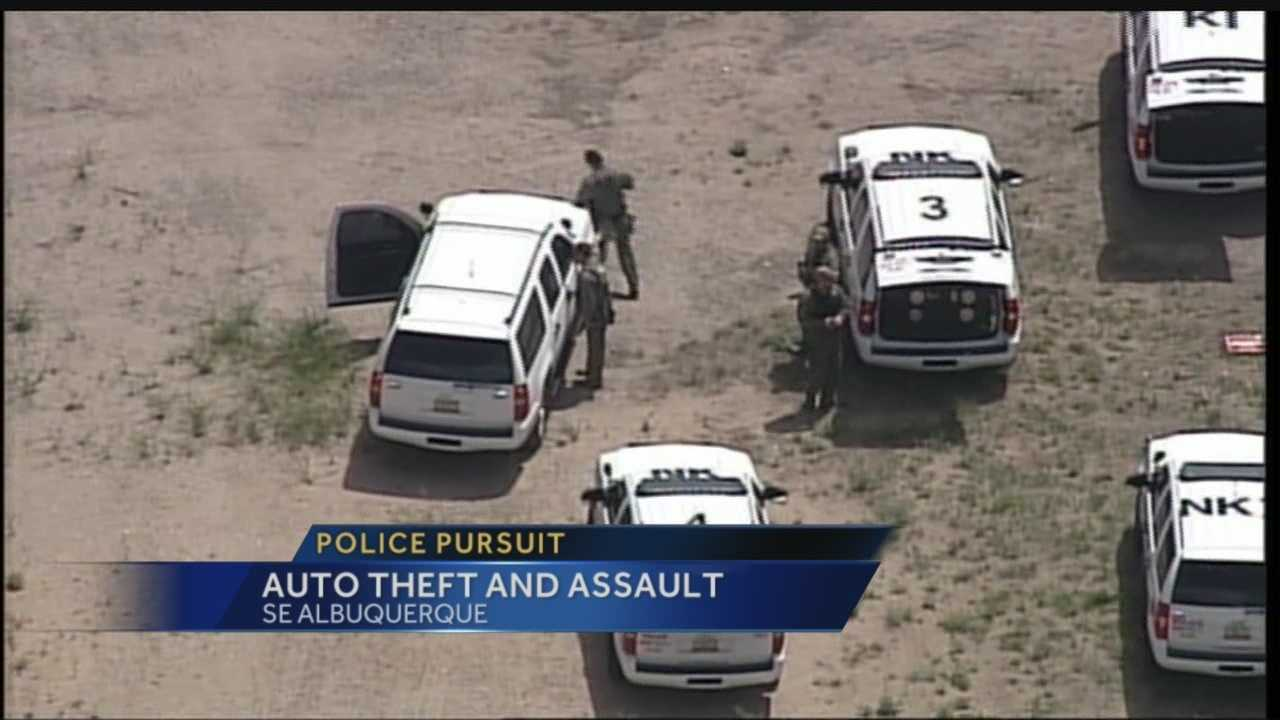 Officers nabbed an auto theft suspect in southeast Albuquerque on Tuesday.