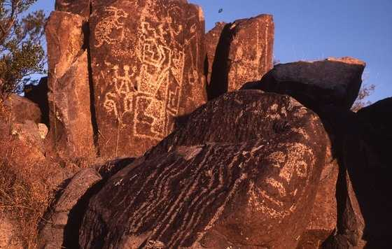 Albuquerque: Central Avenue's vintage motels, Kelly's Brewery, 66 Diner, Kimo Theater, Old Town, Petroglyph National Monument