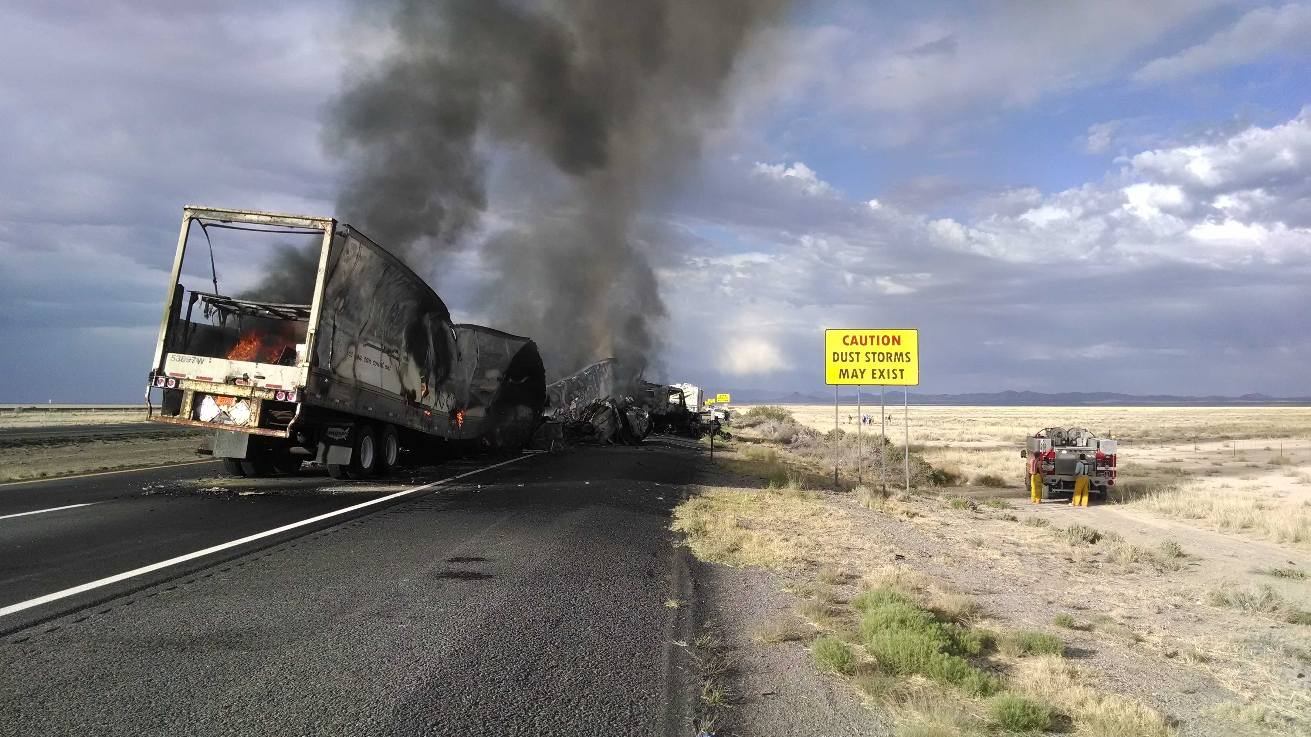 6 killed in I-10 crash