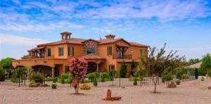 Take a peek inside this $999,000 mansion for sale in Albuquerque, N.M. featured onRealtor.com