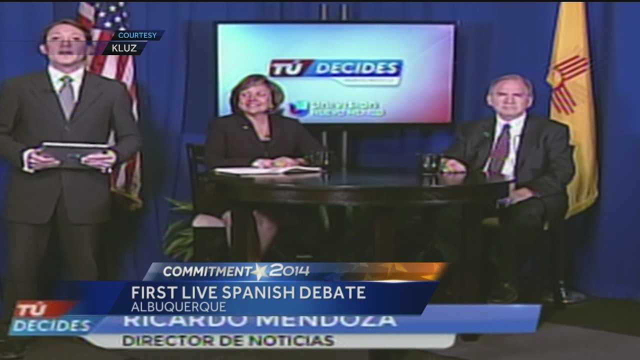 New Mexico history was made Monday when the first live gubernatorial debate was held in Spanish.