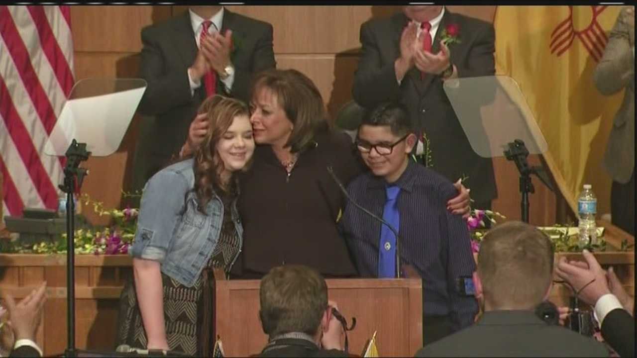Gov. Susana Martinez honored the two victims of school shooting in Roswell during her annual State of the State Address.