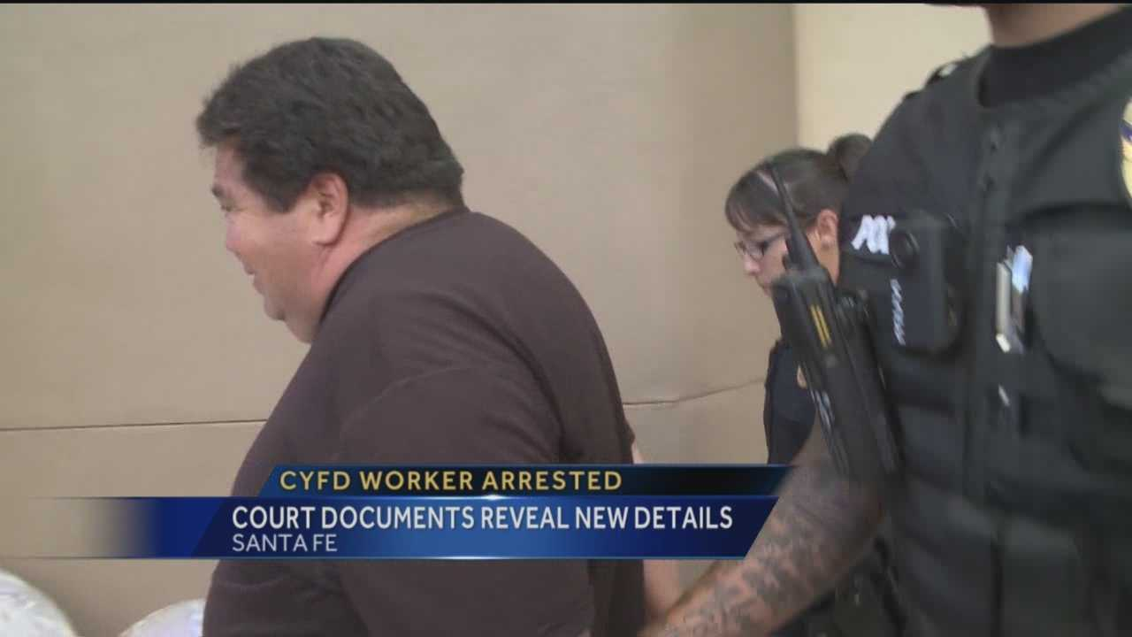 Court documents give a much more detailed look into how police caught a Children, Youth and Families Department worker accused of soliciting sex with a teen girl.
