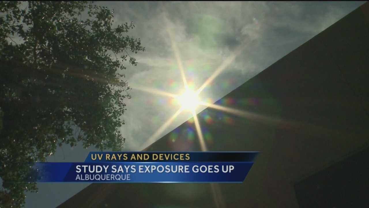 A University of New Mexico study suggests using a tablet or smartphone outside exposes that person to a higher level of UV rays.