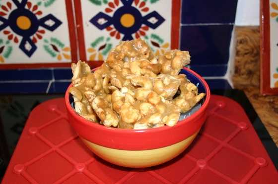 Green Chile Cashew Crunch by u local user Sandran. CLICK HERE for the recipe