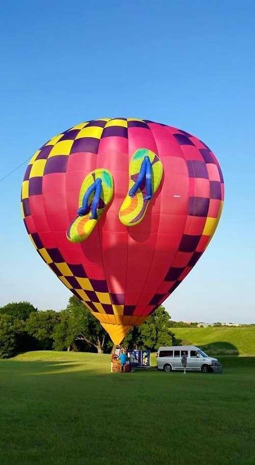 Walkin' On Air (Courtesy Albuquerque International Balloon Fiesta)