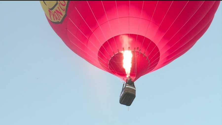 Balloon Fiesta's final Sunday featured a fabulous farewell flight.