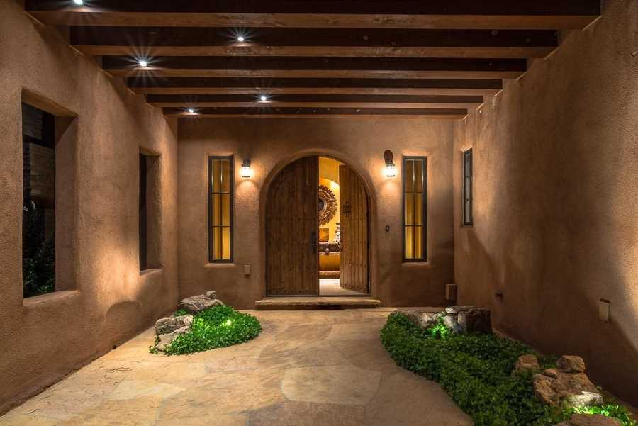 Take a peek inside this 5,700 square foot home for sale in Santa Fe that's featured on Realtor.com.