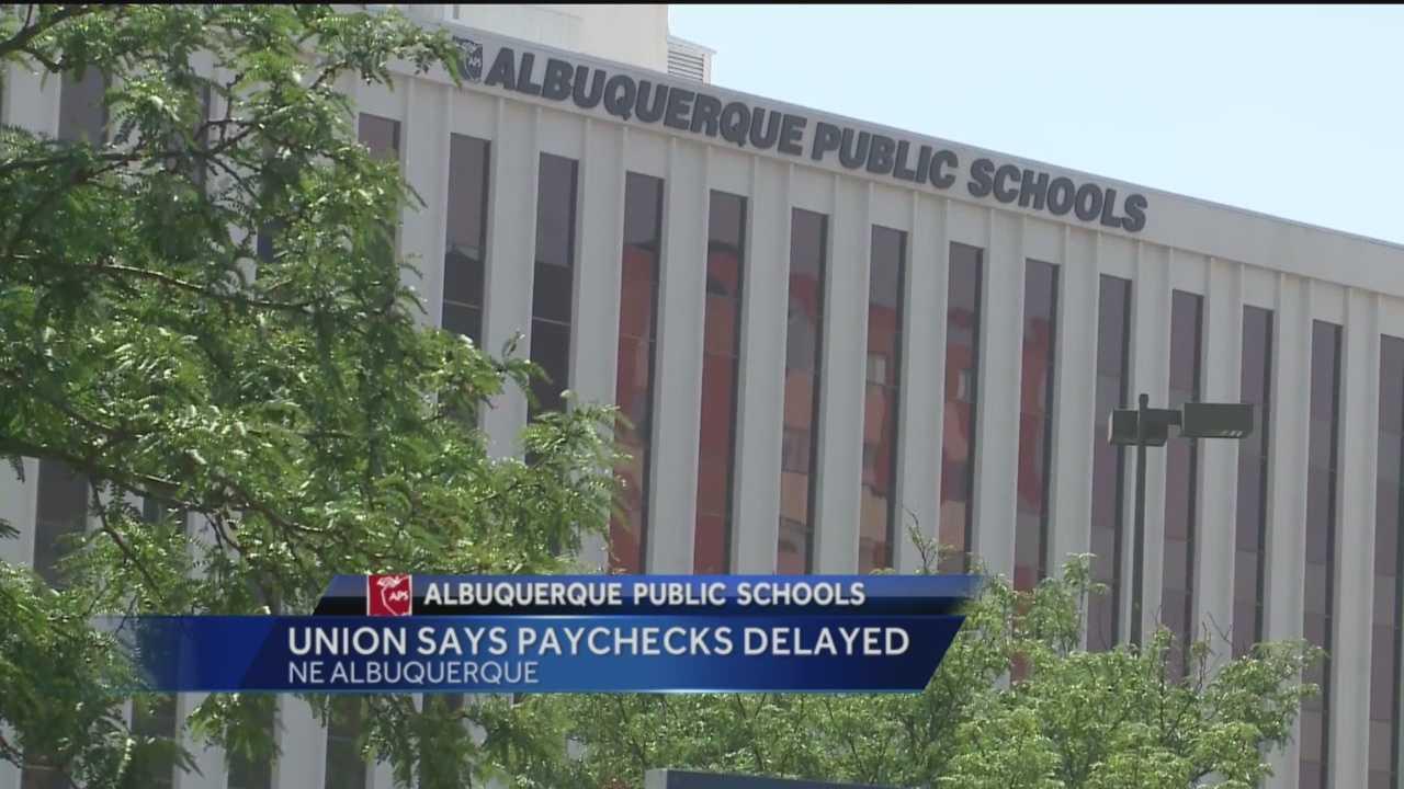 Teachers union says paychecks delayed