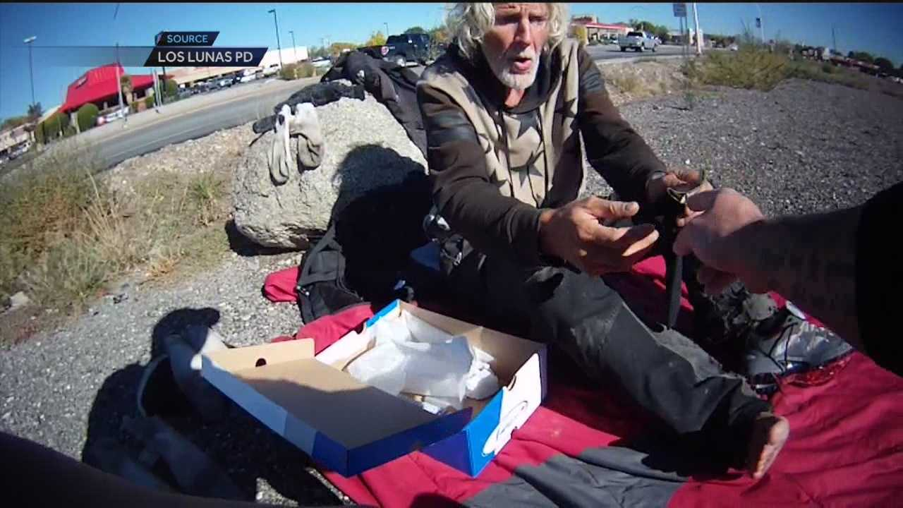 The Los Lunas Police Department released video of Officer Mark Gurule performing an unexpected act of kindness.