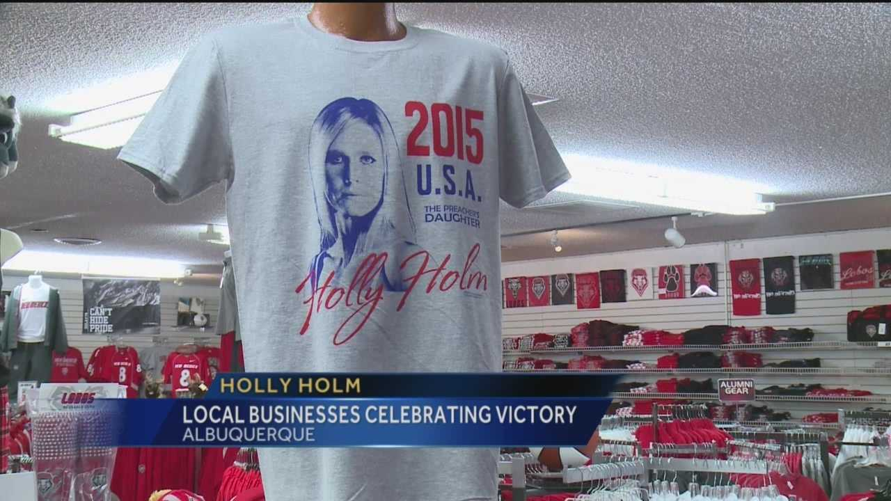 Holly Holm-mania has swept across New Mexico since the local fighter's upset victory in UFC 193.