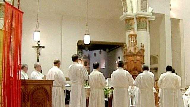 Archdiocese Of Santa Fe Dealing With Priest Shortage