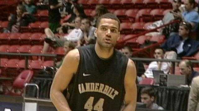 Vanderbilt's Jeffery Taylor practices at The Pit on Wednesday