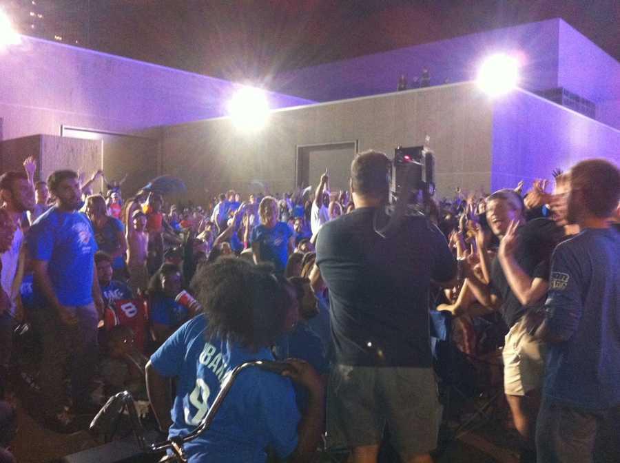 KOCO photojournalist Billy Dry got the Thunder faithful in full-on celebration.