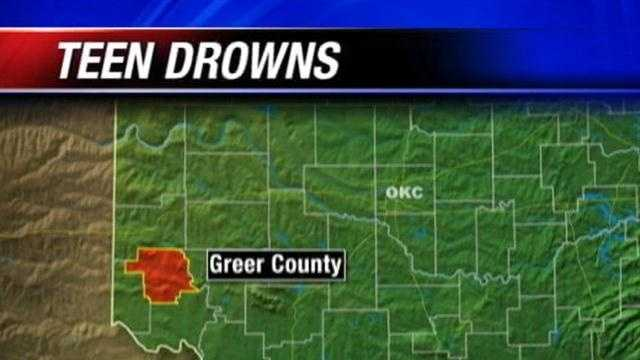 A teenager drowned Monday on an Oklahoma lake, officials say.