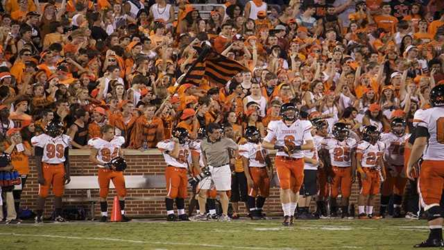 The crowd explodes after a fourth down touchdown put the team up 20-17 late in the 4th quarter.