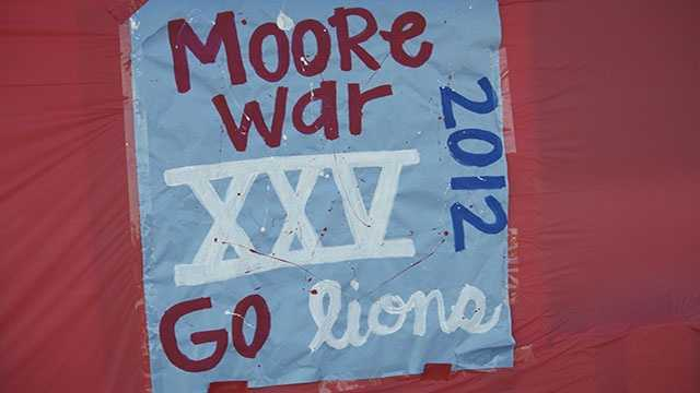 The 'Moore War' hit 25 years old. The Moore rivalry pitting the Lions vs. Jaguars makes a milestone.