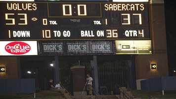 Santa Fe defeats Southmoore in a high scoring 53-37 game.