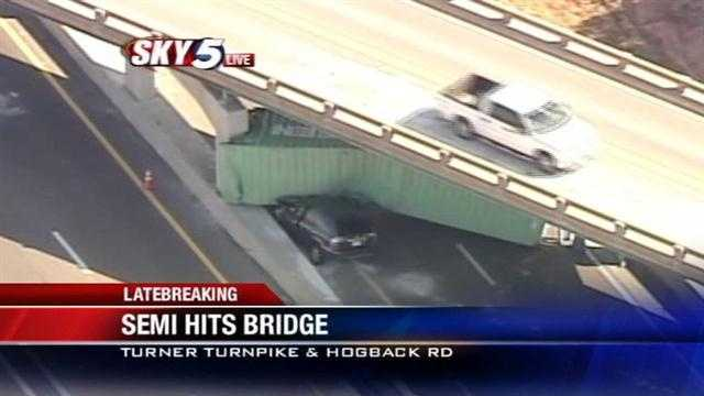 Traffic diverted off Turner Turnpike