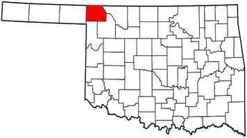 Harper County: Mitt Romney: 1,261 votes&#x3B; 87.9 percent. Barack Obama: 173 votes&#x3B; 12.1 percent.